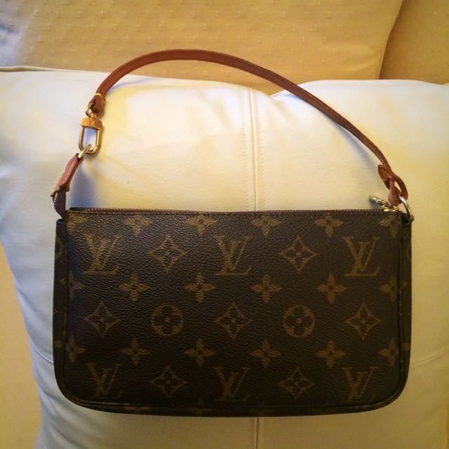 Louis Vuitton pochetre