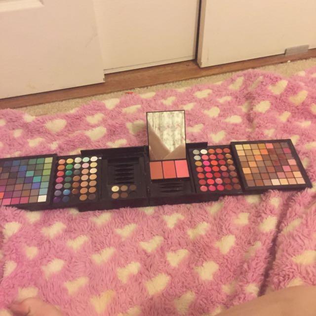 Makeup Set/ Box