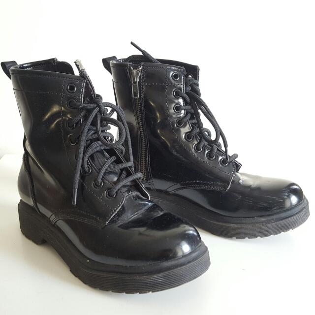 Mossimo Combat Boot - Size 7