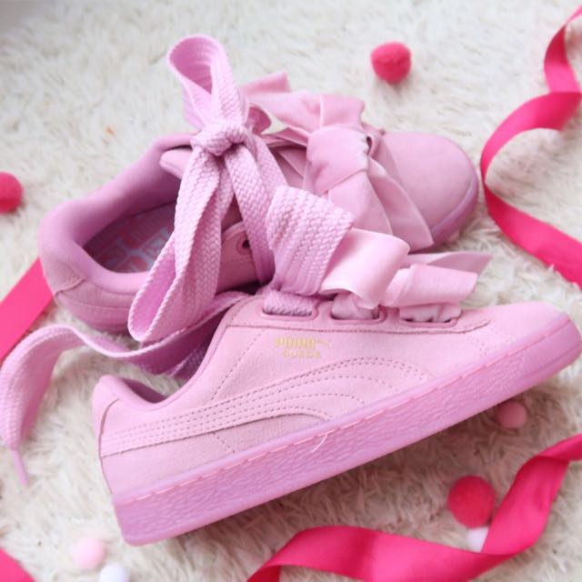 size 40 52bb0 e3da2 NEW] PUMA Suede Heart Reset, Women's Fashion, Shoes on Carousell