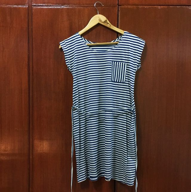No brand (White & Blue Stripes Dress)