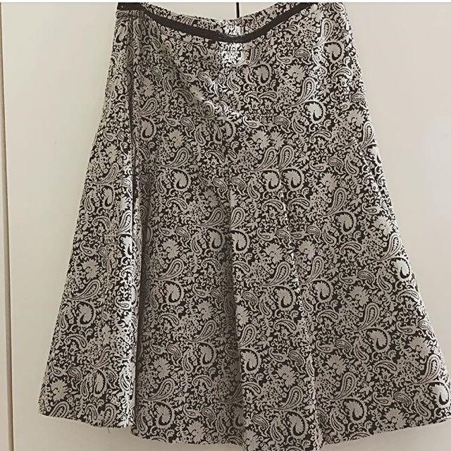 Patterned Skirt!