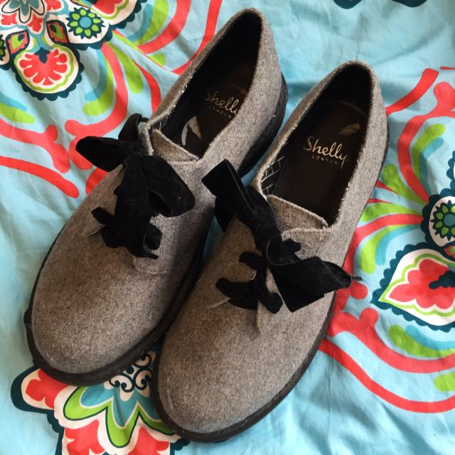 Shellys London Grey Laced Shoes