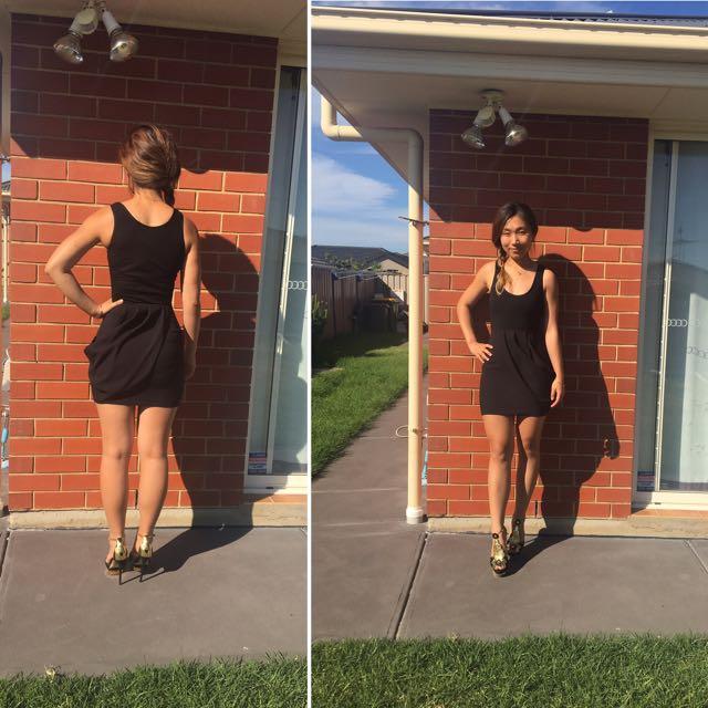 Size Small/6 Black Dress