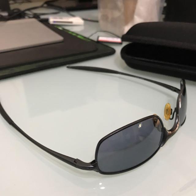 Vintage Oakley E-wire O Frame Sunglasses, Luxury, Accessories on ...