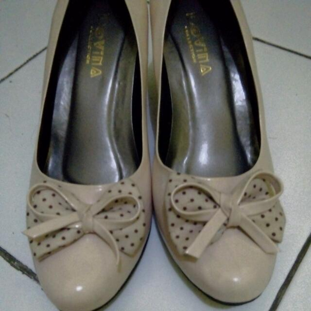 Wedges Light Brown