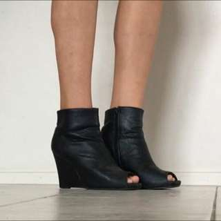 Black Boots Wedges