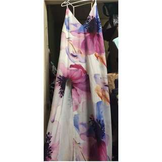 SIZE 10-12 FLORAL MAXI DRESS WITH LEG SPLIT