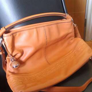 AIGNER authentic