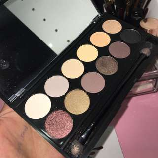 Sleek Au Naturel palette