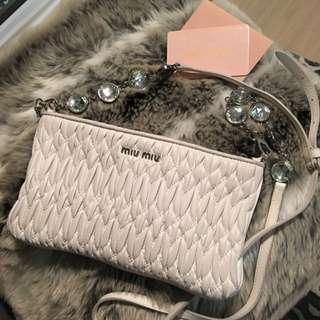 MIUMIU Crystal shoulder Bag Clutch Matelasse Leather WHITE
