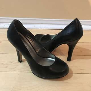 Black Madden Girl Pumps