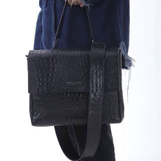 05 CSSELS CROC LEATHER BAG