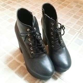 3折超美黑靴~松高鞋~腿又細又長❤
