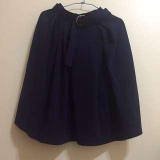 🚚 藏青半身裙 有腰帶