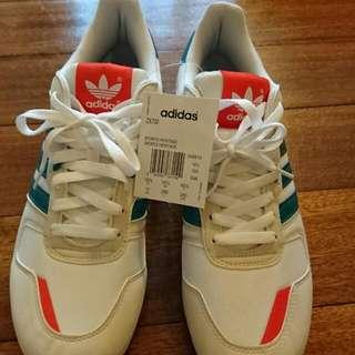 Adidas ZX700 US:11