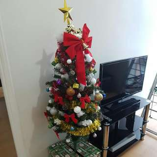 Christmas tree (incoulding all)