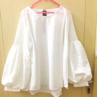White baloon shirt unbranded