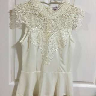 White lace peplum Temt size 8