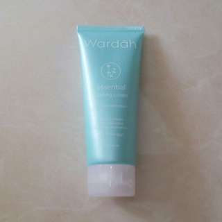 WARDAH ESSENTIAL PEELING CREAM