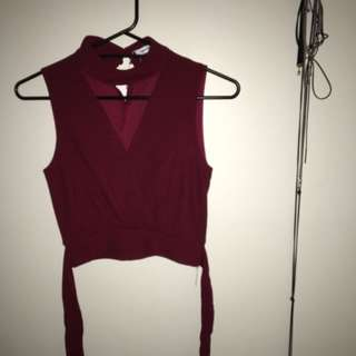 Valleygirl Crop 'V' Choker Wrap