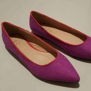 Flatshoes Ungu Size 37