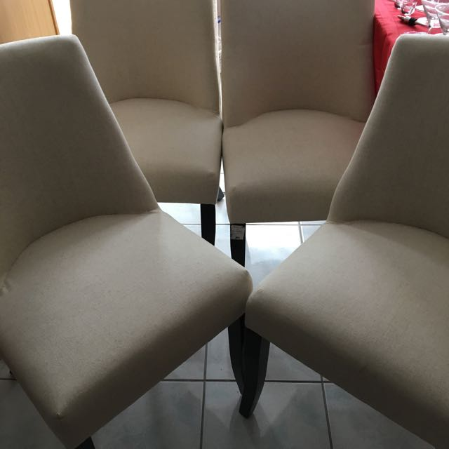 4 Kitchen Dining Chairs - Like New