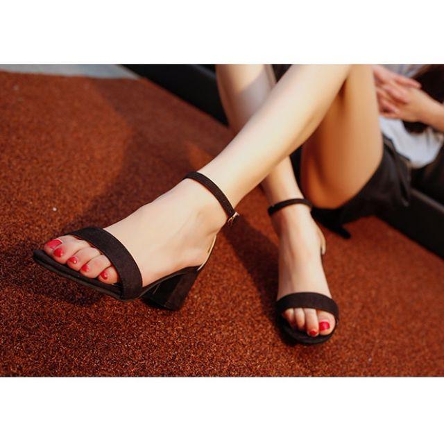甜美ㄧ字釦低跟鞋