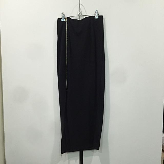 側開叉貼臀長裙 拉鍊款(黑)