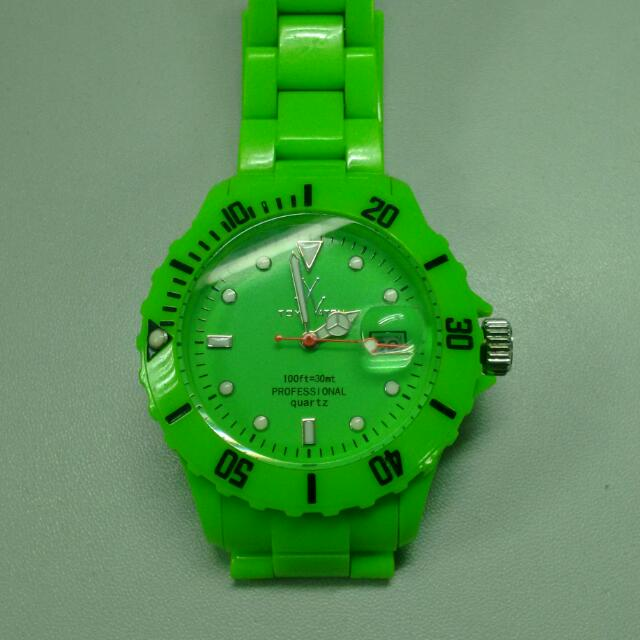 RUSH SALE!! Authentic Toy watch from US