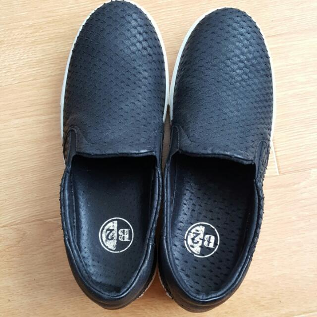 B2 SHOES (New)