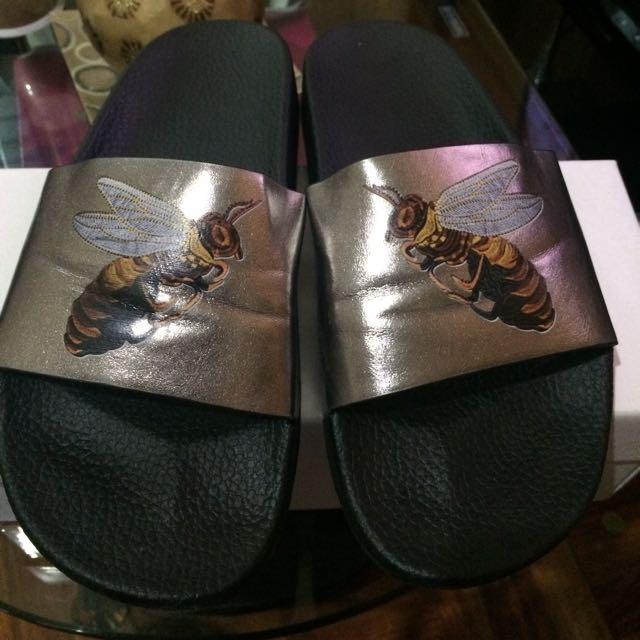 Bee Slipper