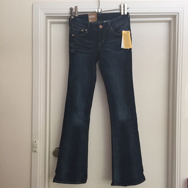 Brand New H&M Bootcut Low Waist Jeans 26/30