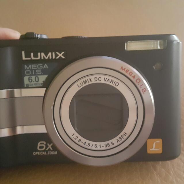 Dijual Kamera Digital Panasonic.
