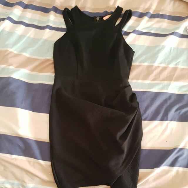 Dress 👗!