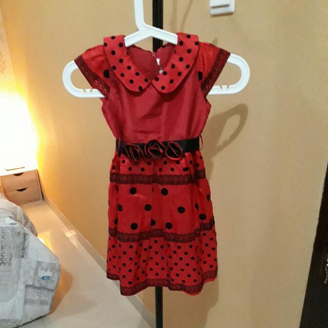 Dress Merah Polkadot Bunga Di Pinggang Size 5 Tahun