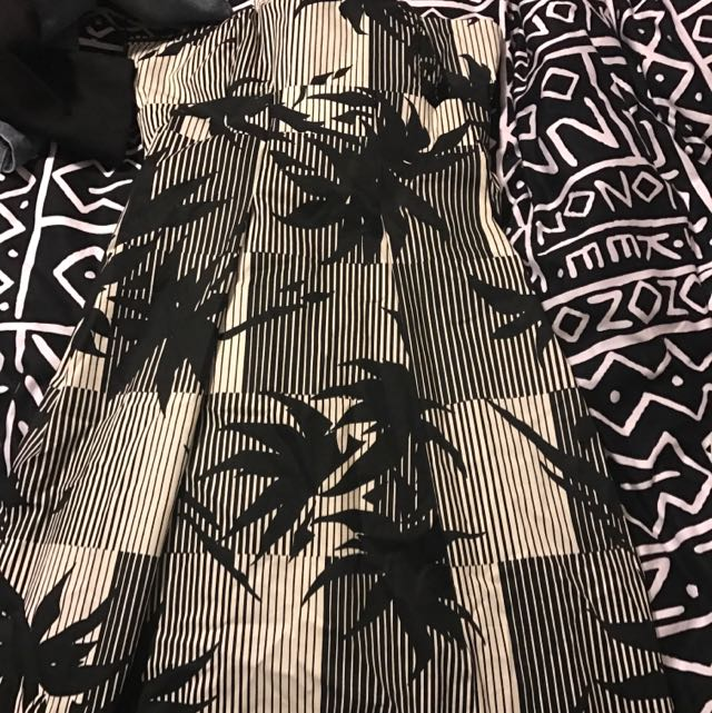 Dress Size Xl About A 12/14
