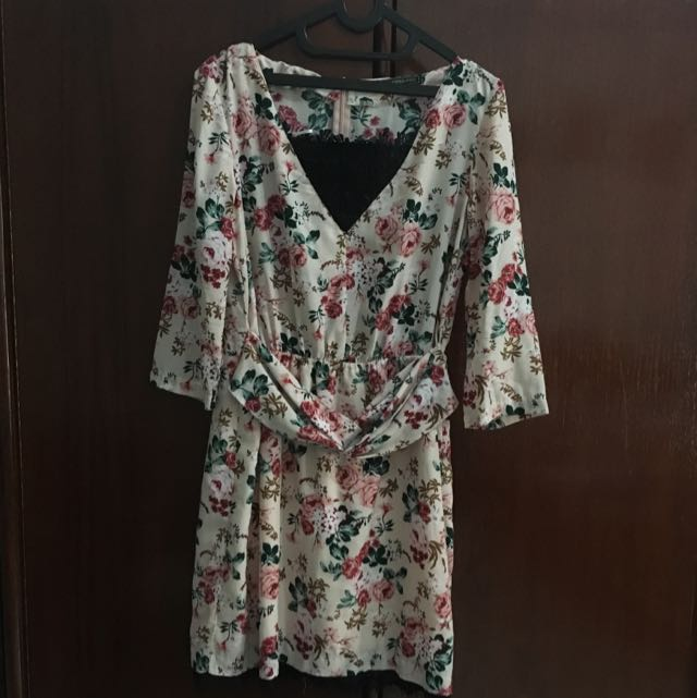 Flowery Dress by Suite Blanco