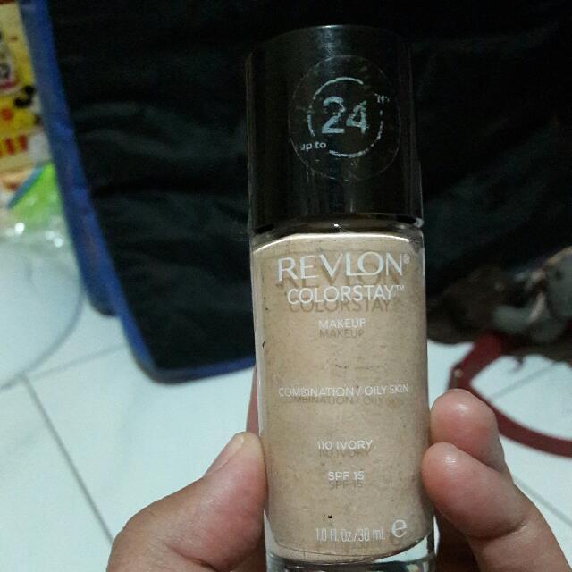 Foundation Revlon Colour Stay Ivory