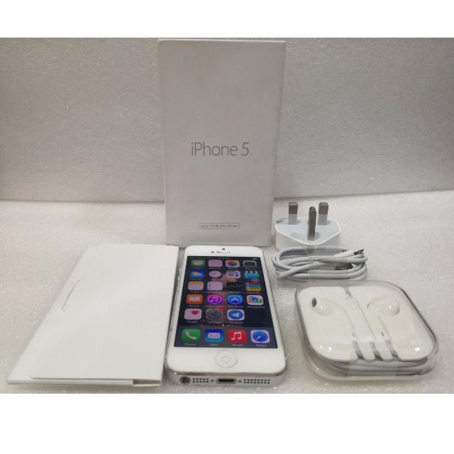 iPhone 5 16GB WHITE (COMPLETE ACCESSORIES)