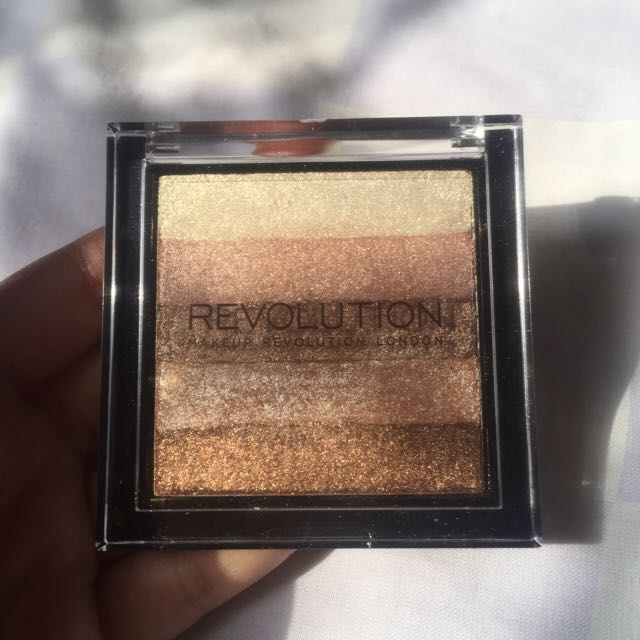Makeup Revolution Shimmer Brick Radiant Highlighter