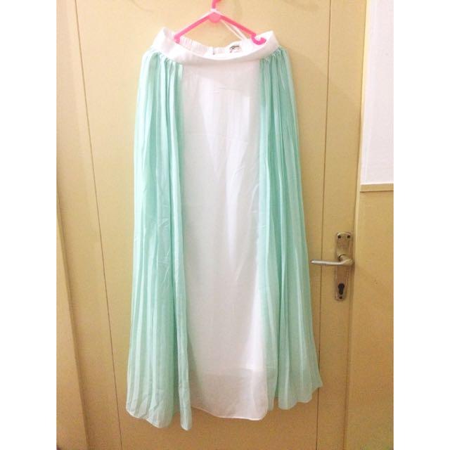 Mint white skirt by Fiska