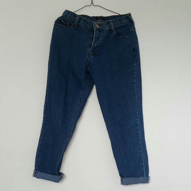 Highwaist Oversize Jeans Biru Tua