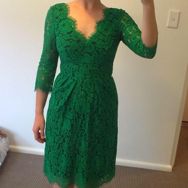 Review Lace Dress Size 6