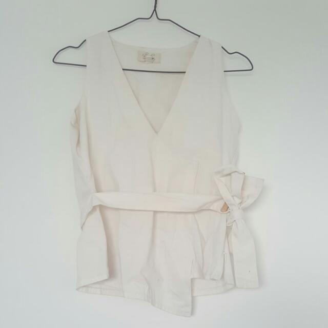 Schon Couture White Bow Shirt
