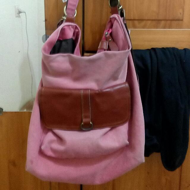 REPRICE!! Shoulder Bag