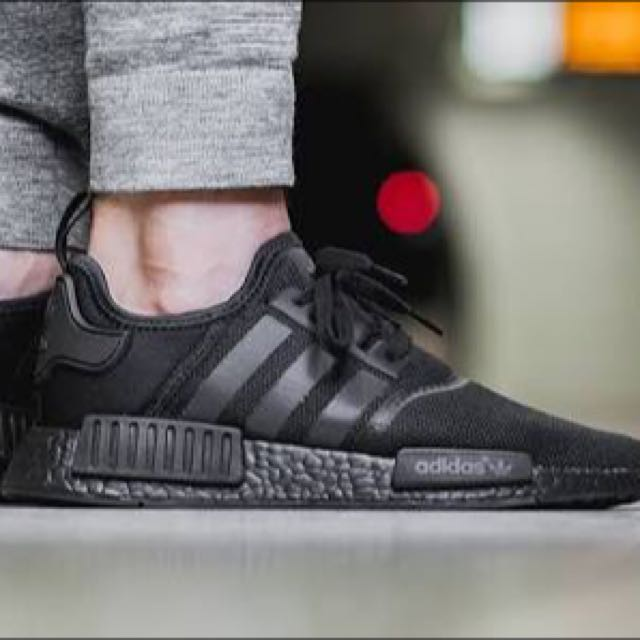triple black nmd