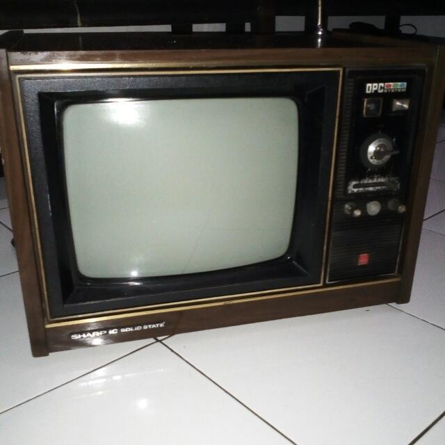 Tv Jadul Antik Kayu Antiques Antique Furniture On Carousell