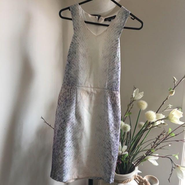 White Colour-patterned Dress