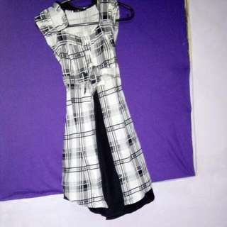 Dress Monocrom